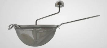 passoire et chinois ustensiles de cuisine la toque d 39 or la toque d 39 or. Black Bedroom Furniture Sets. Home Design Ideas