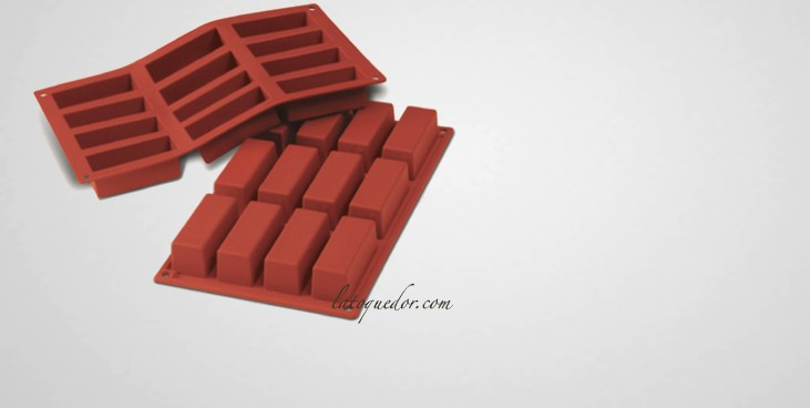 moule silicone 12 mini cakes silicon flex moule cake et brioche moule gateau et. Black Bedroom Furniture Sets. Home Design Ideas