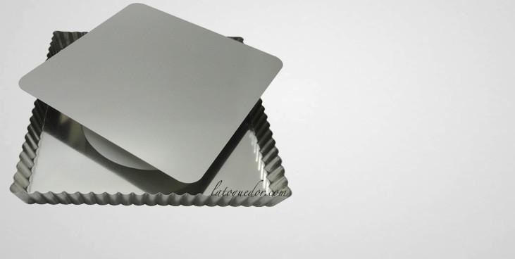 moule tarte carr mobile fer blanc moule tarte et tourti re moule gateau et. Black Bedroom Furniture Sets. Home Design Ideas